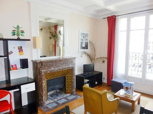 Apartment Rue Lapeyrere Paris photo 8
