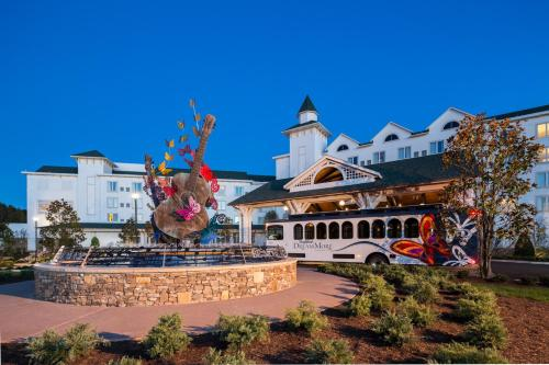Dollywood's DreamMore Resort Photo