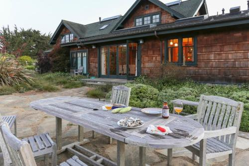 Meadow Retreat - Point Reyes Station, CA 94956
