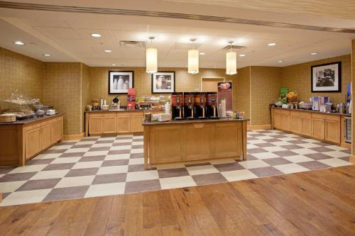 Hampton Inn and Suites Denver/South-RidgeGate Photo