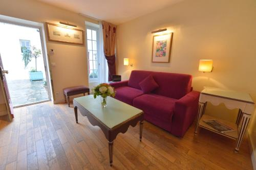 Hotel Suites Unic Renoir Saint-Germain photo 23