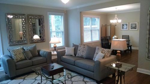 Peachtree TownHome Photo