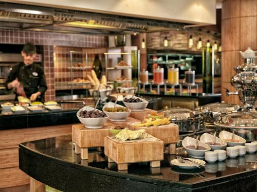 Courtyard By Marriott Istanbul International Airport photo 25