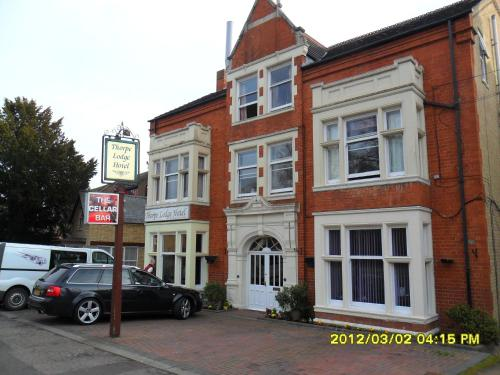 Stay at Thorpe Lodge Hotel