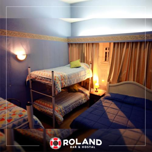 Roland Bar & Hostal Photo
