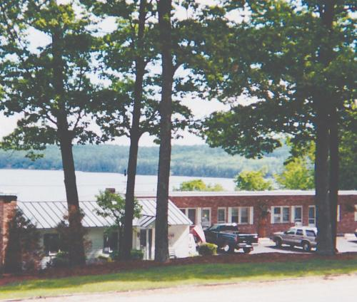 The Lake Inn at Mt. Sunapee Photo