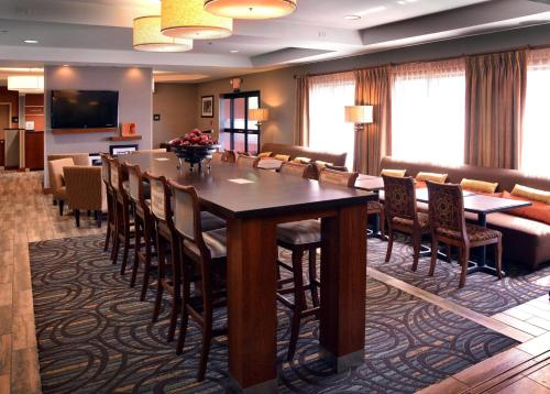 Hampton Inn Medford Photo