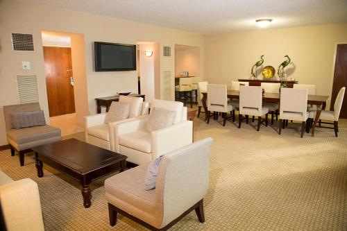 DoubleTree by Hilton Orlando Airport Hotel photo 22