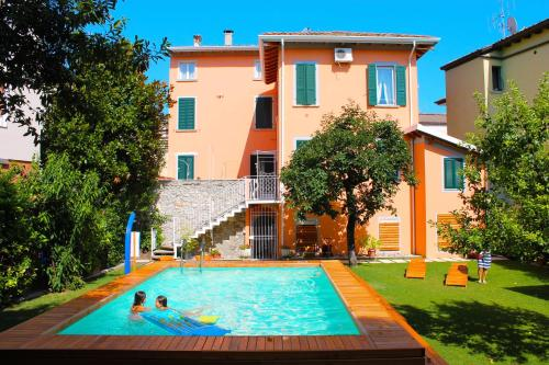 Antiche Rive Holidays Apartments, Сало