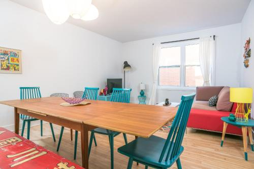 Four-Bedroom on Rue Saint-Urbain Apt 2, Montréal