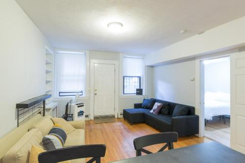 2 Bedroom Kenmore Square