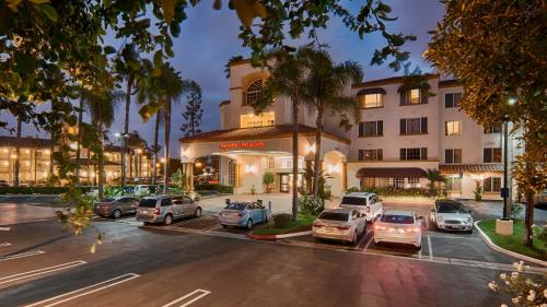 Hampton Inn & Suites Santa Ana/Orange County Airport Photo