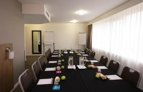 Mercure Sydney Parramatta photo 10