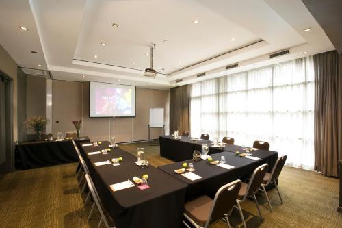 Mercure Sydney Parramatta photo 29