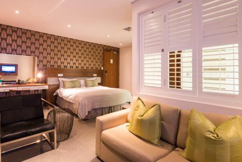 aha The Square Boutique Hotel and Spa Photo