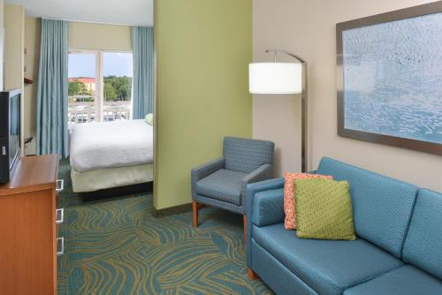 SpringHill Suites by Marriott Charleston Downtown/Riverview Photo