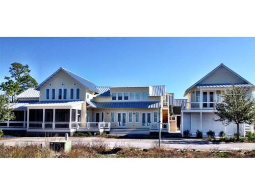 Bella Beach House Photo