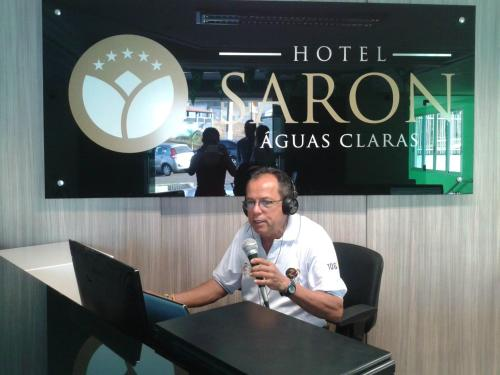 Hotel Saron Photo