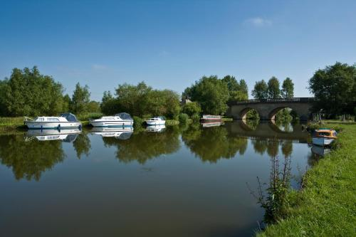 Photo of the Oxford Riverside Glamping