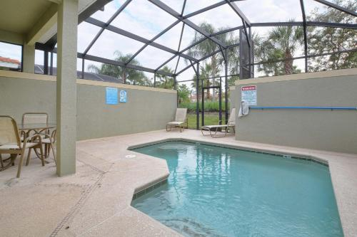 Candy Palm 8966 Holiday Home Photo