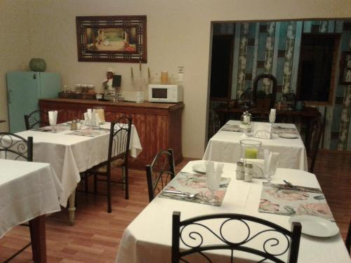 Tuscana Villa Guesthouse Photo