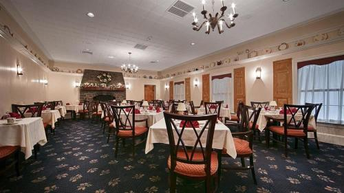 Best Western PLUS Revere Inn & Suites Photo