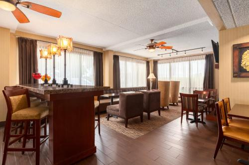 Hampton Inn Des Moines-Airport Photo