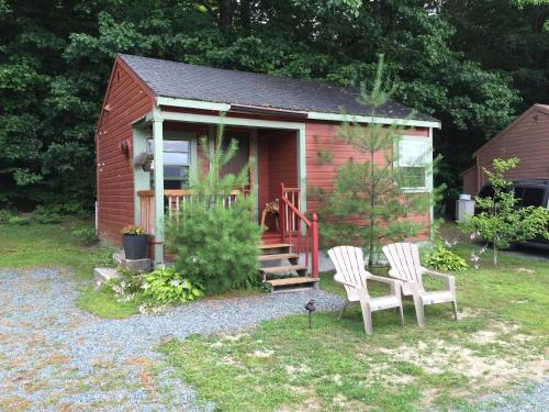 Valley Brook Cottages and Cabins Photo