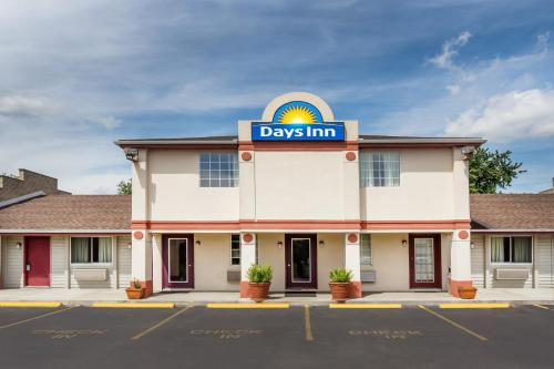 Days Inn Plymouth Photo