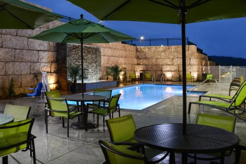 SpringHill Suites by Marriott San Antonio Northwest at The Rim Photo