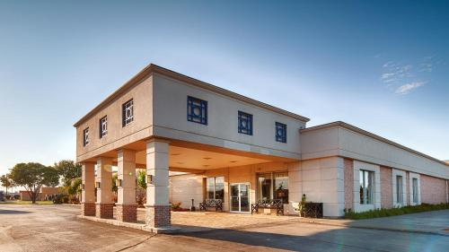 Best Western Crossroads Of The Bluffs - Council Bluffs, IA 51501