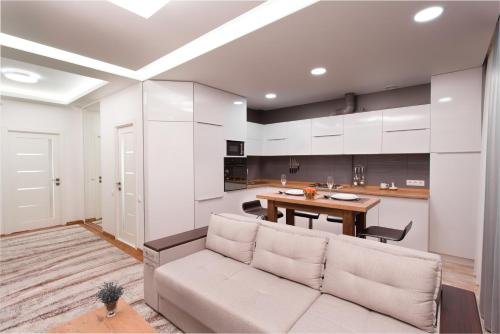 http://www.booking.com/hotel/md/ultra-central-apartment.html?aid=1728672