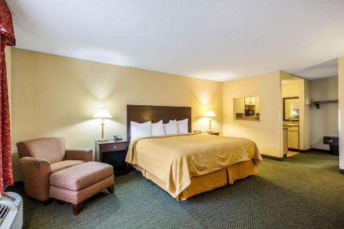 Quality Inn & Conference Center Heber Springs Photo