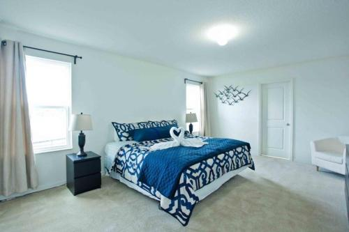 4731 Blue Diamond House Photo