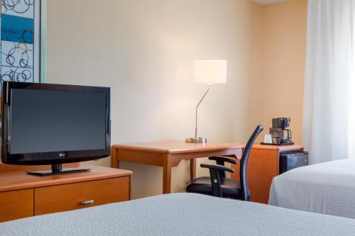 Fairfield Inn & Suites Texas City Photo