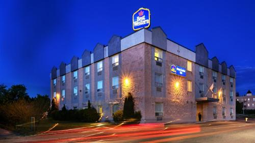 Best Western Swan Castle Inn Photo