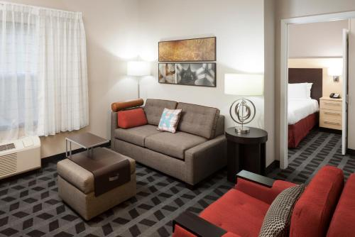 TownePlace Suites Columbus Photo