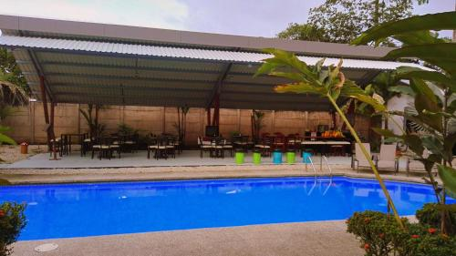Hotel Mayol Lodge Photo