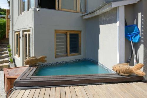 Modern Seaview Villa Photo