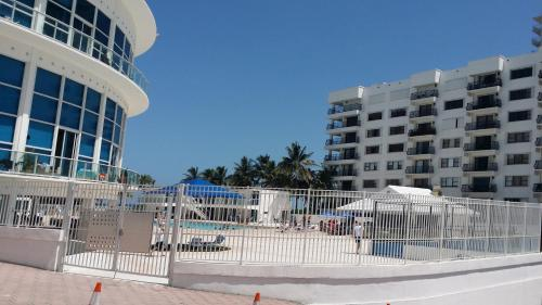 Miami Beach Oceanfront with Balcony Photo