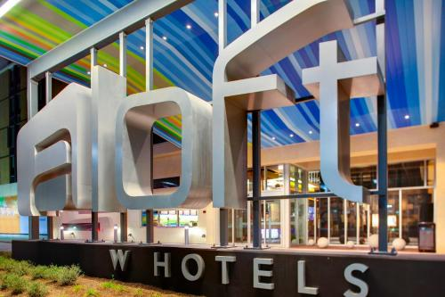Aloft Austin at The Domain photo 2