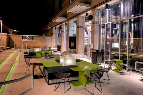 Aloft Austin at The Domain photo 5