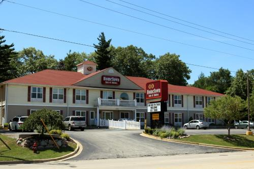 Hometown Inn & Suites Photo