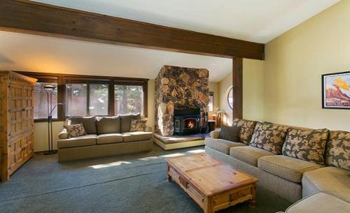 Lakeview Townhome 27 Photo