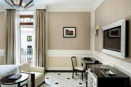 Baglioni Hotel Regina - The Leading Hotels of the World photo 49