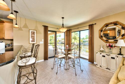 Sirena Waterfront Vacation Rental Photo