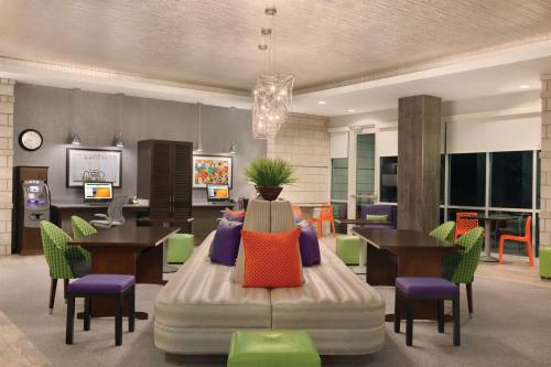 Home2 Suites by Hilton Austin North/Near the Domain, TX Photo
