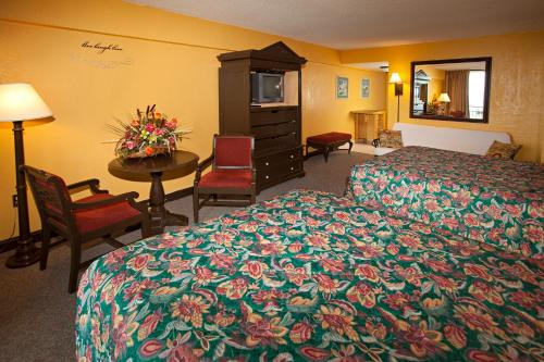 Daytona Beach Hawaiian Inn Photo