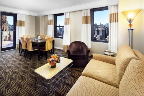 Wyndham New Yorker Hotel photo 43