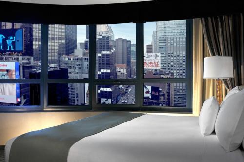 DoubleTree Suites by Hilton NYC - Times Square photo 39